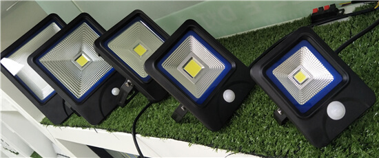 Hotsell-LED-20W-RGB-Floodlight-with-IR-remote-control